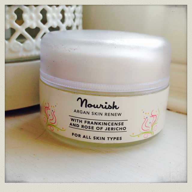 nourish-argan-skin-renew-organic-face-cream-review